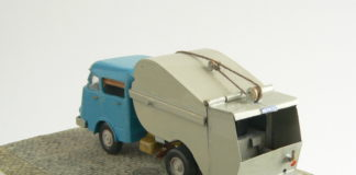 Artikel - (DAF-zesstreper met roltrommel)